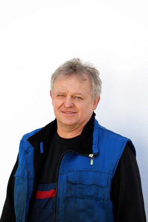 Herr Sikora KFZ-Mechaniker